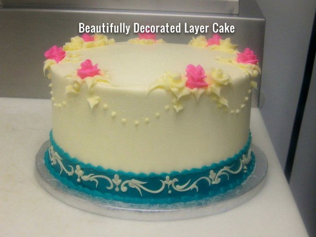 beautifully_decorated_layer_cake