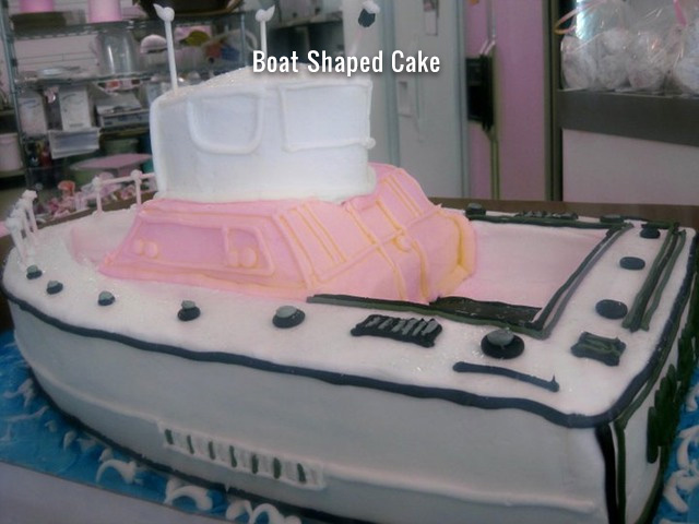 boat_shaped_cake