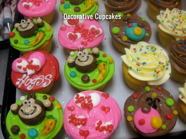 decorative-cupcakes