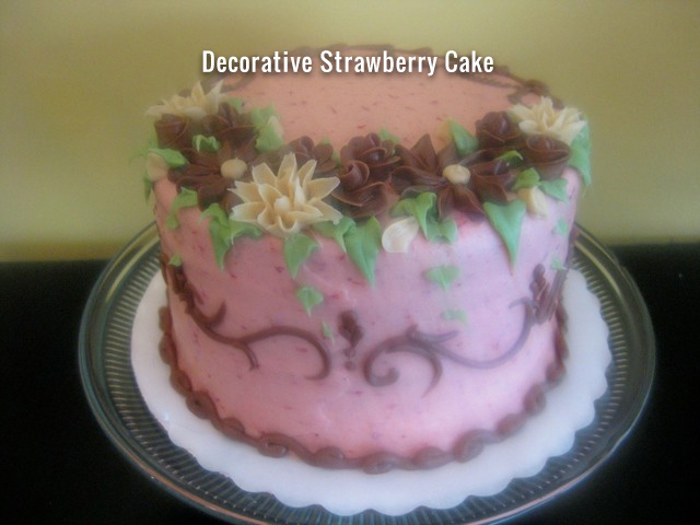 decorative-strawberry-cake