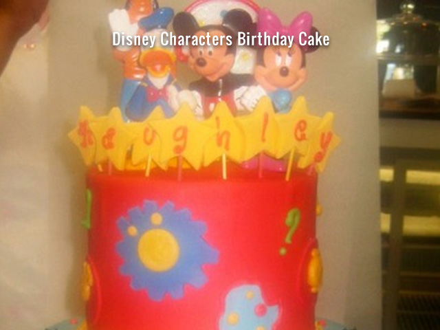 disney-characters-birthday-cake