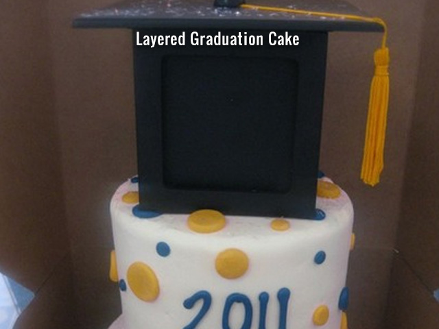 layered-graduation-cake