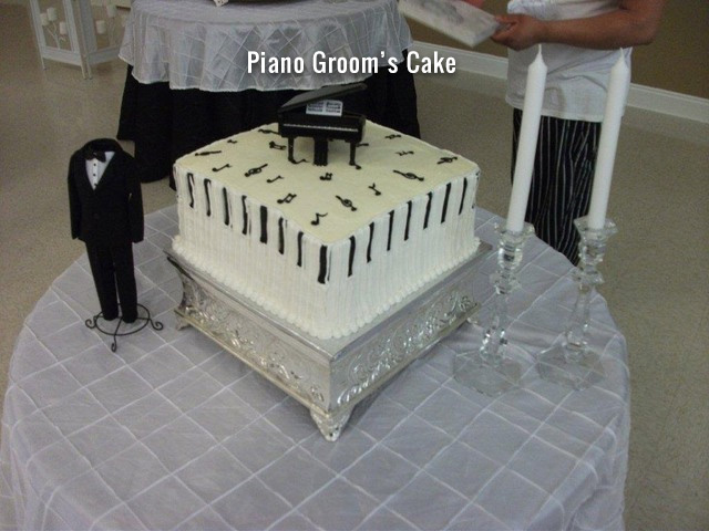 piano-grooms-cake